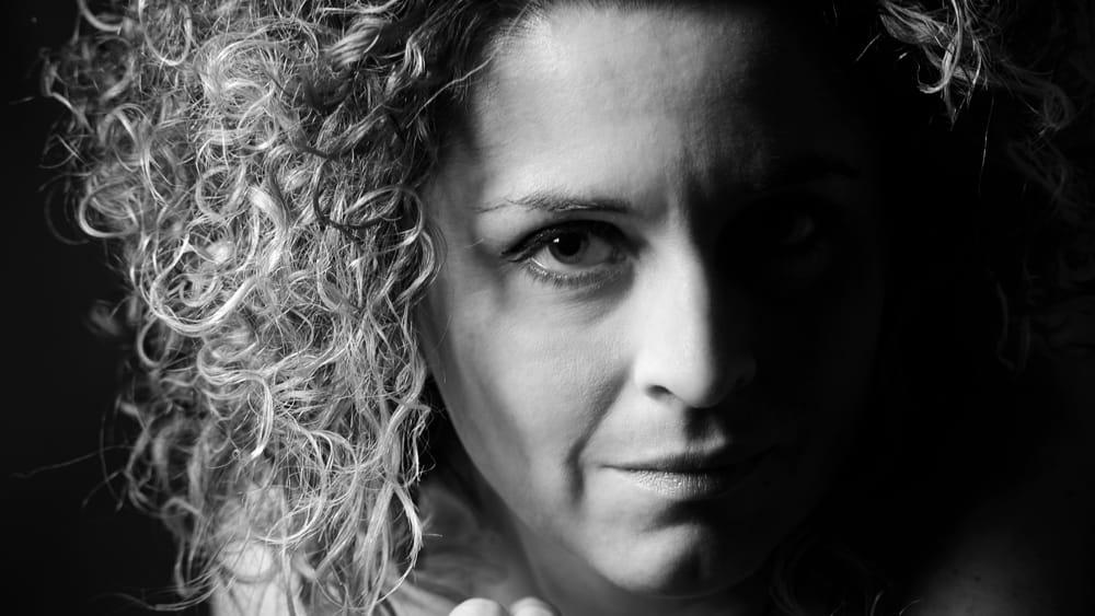 """""""INattesa"""" di e con Elisa Fini - ArezzoNotizie"""