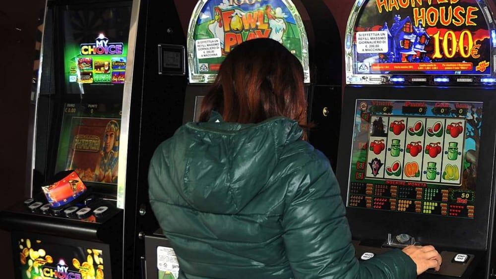 Condono alle lobby delle slot machine